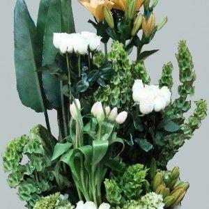 FU 04 Arreglo base de condolencias en rosas liros campanas de Irlanda por secciones. 200.000 250.000 300.000 300x300 Tienda