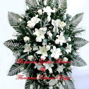 Pedestal Pequeño en rosas y lirios 2 300x300 Tienda