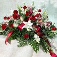Ramo funebre tradicional en rosas lirios y helecho cuero. 120.000 150.000 180.000 1024x682 190x190 Tienda
