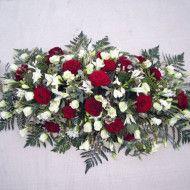 Ramo funebre tradicional en rosas rojas y blancas. 80.000 100.000 120.000 190x190 Tienda