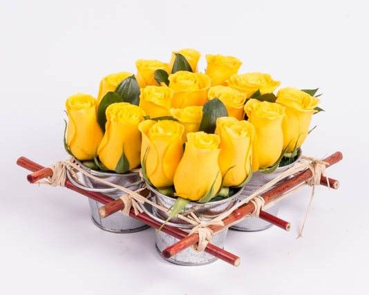roses-yellow-mini-rose-tin-pail-ode-a-la-rose-550×550-25917