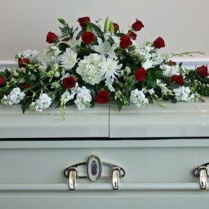 white casket 300x300 Tienda
