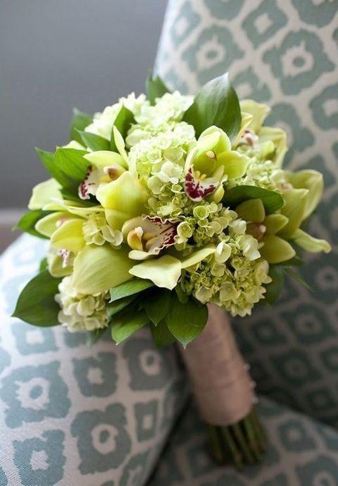 Bouquet en orquideas y hortensias